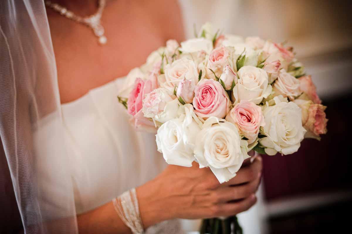 Lær at binde din egen brudebuket